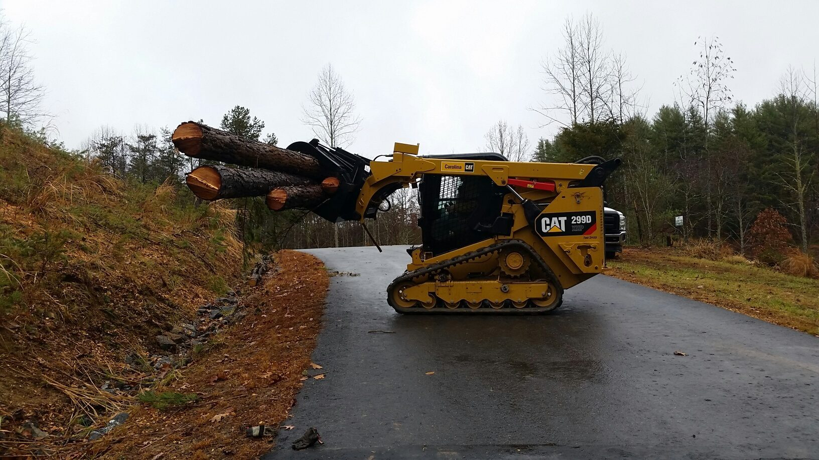 299 d cat grapple attachment landscape contractor archives lawn n order Caterpillar 586C Forestry Mulcher at reclaimingppi.co