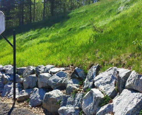 boulder-rock-wall-retaining