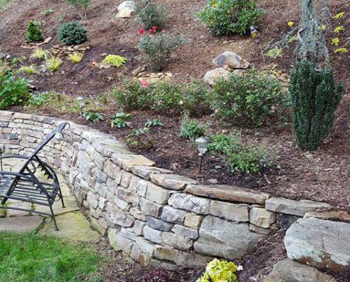 hillside-gardening-perennials