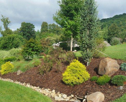 landscapes-landscaper-Lawn-N-Order-Weaverville-Asheville-garden beds