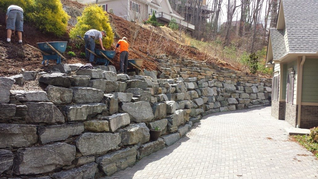 Rock Retaining Wall Set In Cement