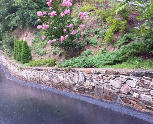 retaining wall-hillside gardening-Lawn-N-Order.net
