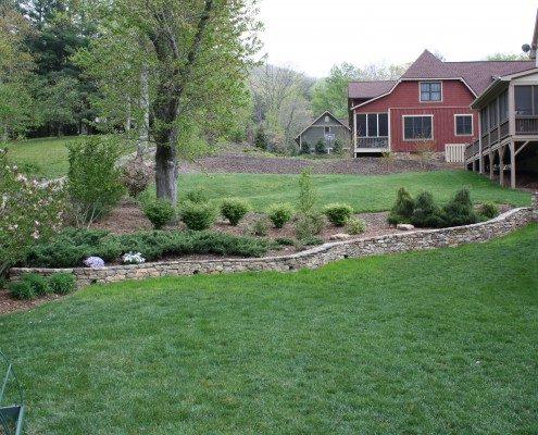retaining wall-lawn-stonework