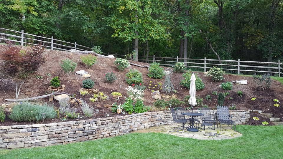 Landscaping rocks hickory nc mojave thin wall veneer for Landscaping rocks charlotte nc