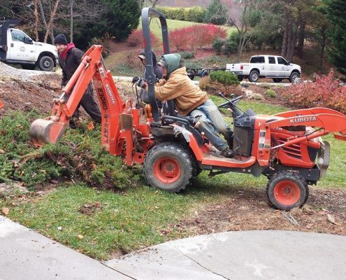 kubota-bx-24-tractor-with-backhoe-landscaper-lot-clearing-tree-removal