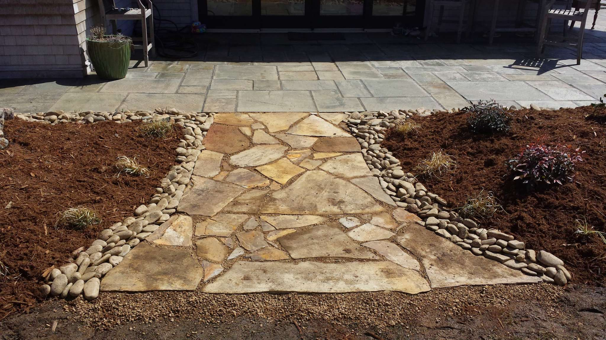 Flagstone Patio Paver Mulch Landscaping