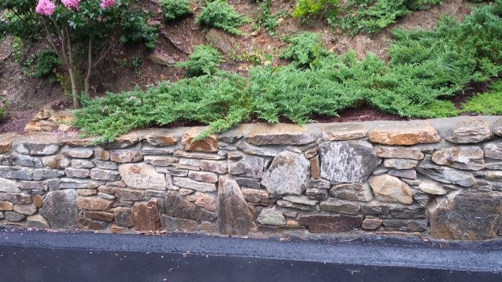 stonewall-hillside gardening-landscaping